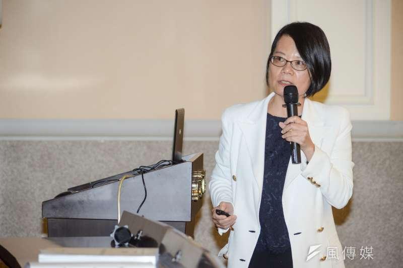 20181015-監察委員王美玉召開「監察院要求還給蕭曉玲一個公道」記者會。(甘岱民攝)