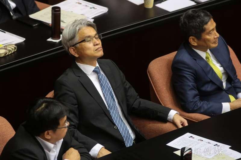 20181016-中選會主委陳英鈐16日出席立院總質詢。(顏麟宇攝)