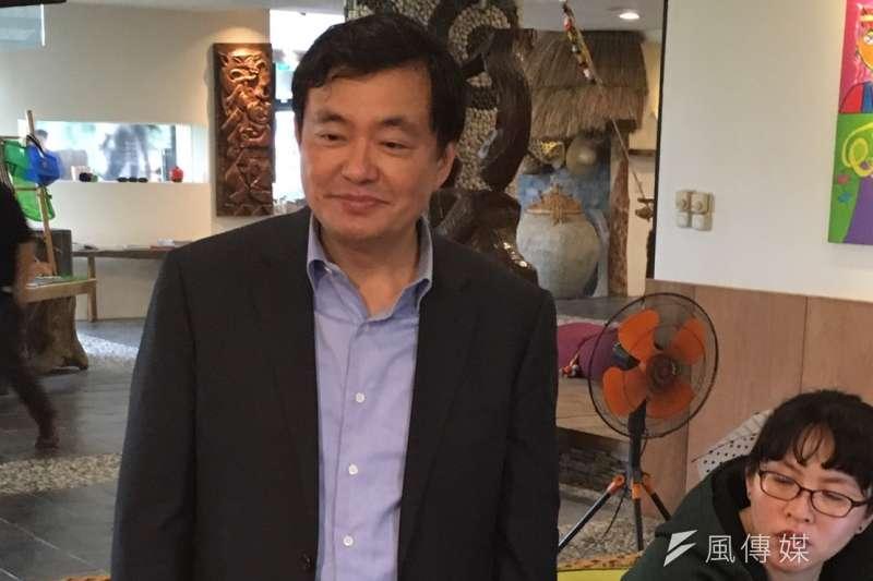民進黨中常會今(17)移師全黨寄予厚望的台東,圖為民進黨秘書長洪耀福。(顏振凱攝)