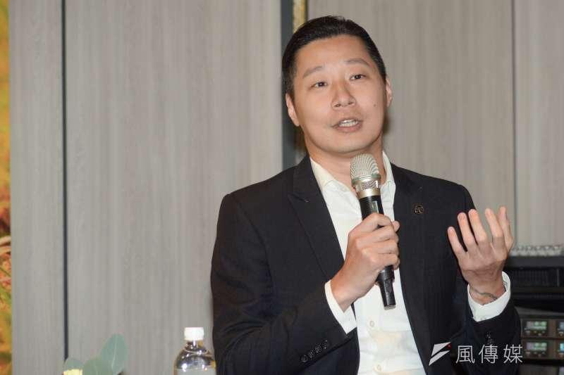 20181017-《鏡頭外的林佳龍》新書台北首發記者會,立法委員林昶佐。(甘岱民攝)