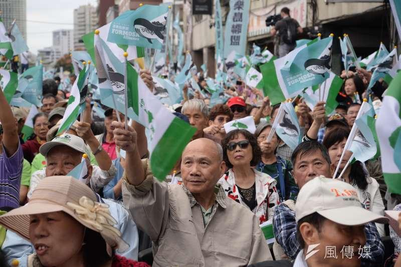 民進黨在華獨與台獨之間游移,台聯、時代力量、喜樂島聯盟則是固守光譜另一端的台獨。(資料照,甘岱民攝)