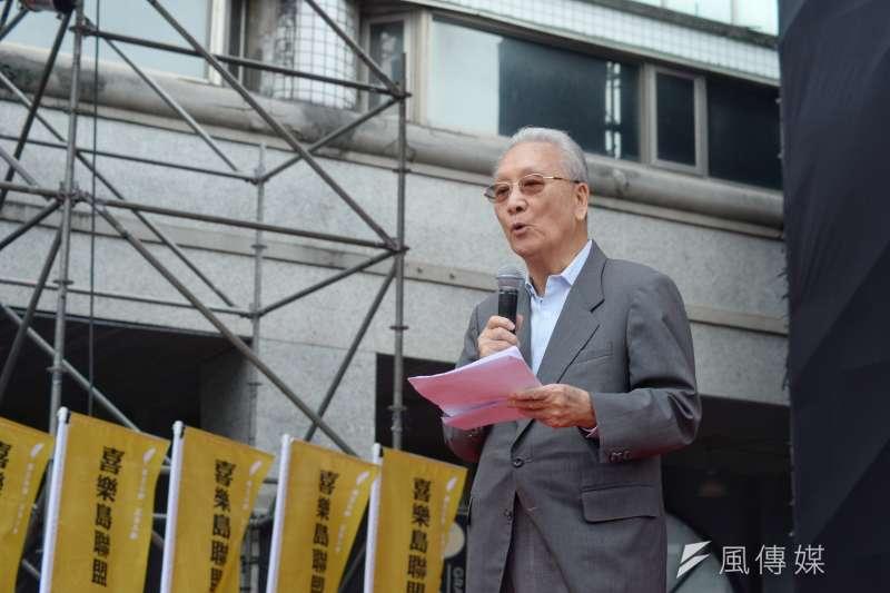 20181020-喜樂島聯盟今(20)日在台北舉行「全民公投反併吞」,前國安會秘書長康寧祥強調,台灣就是台灣,不是中國的一部分。(甘岱民攝)