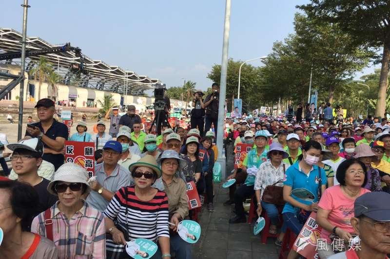 20181020-民進黨今(20)日舉辦高雄反併吞大遊行,20日下午於高雄世運主場館舉辦「反併吞護台灣,反介入顧高雄」活動,約5000名支持者參與。(顏振凱攝)