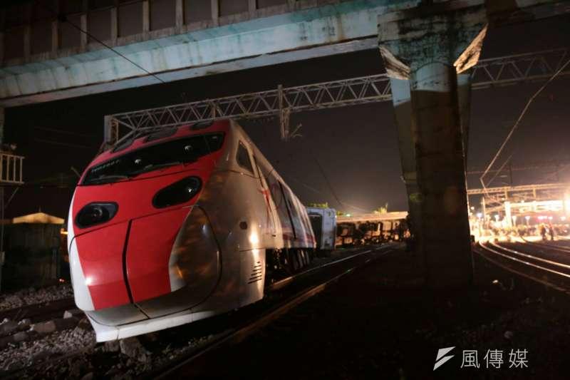 2018年10月21日,台鐵普悠瑪列車在北迴鐵路蘇澳鎮新馬車站發生翻覆,造成重大傷亡(顏麟宇攝)