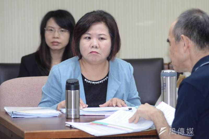 20181022-立法院衛環委員會,勞動部長許銘春。(甘岱民攝)