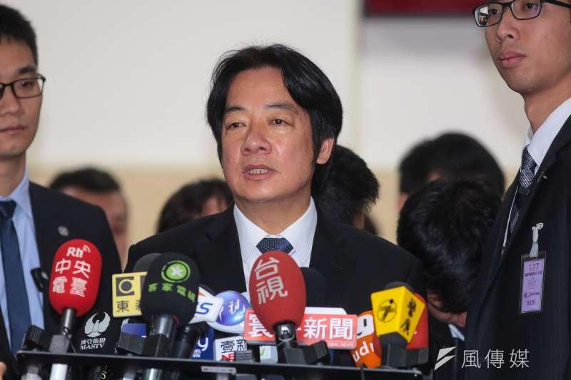 行政院長賴清德於受訪時表示,已蒐集中國資金介入台灣選舉之情資,呼籲候選人自我約束。圖為賴清德23日於立院接受媒體聯訪。(顏麟宇攝)