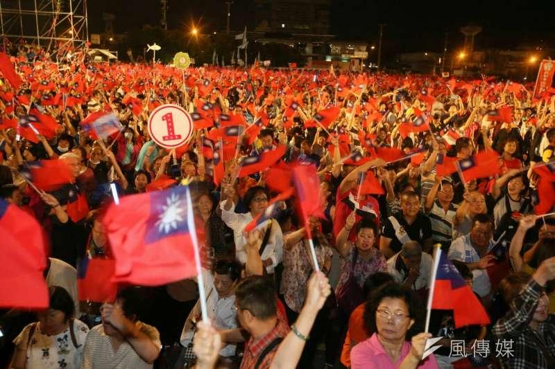 國民黨高雄市長候選人韓國瑜於鳳山舉行造勢大會,聲勢驚人。(新新聞柯承惠攝)