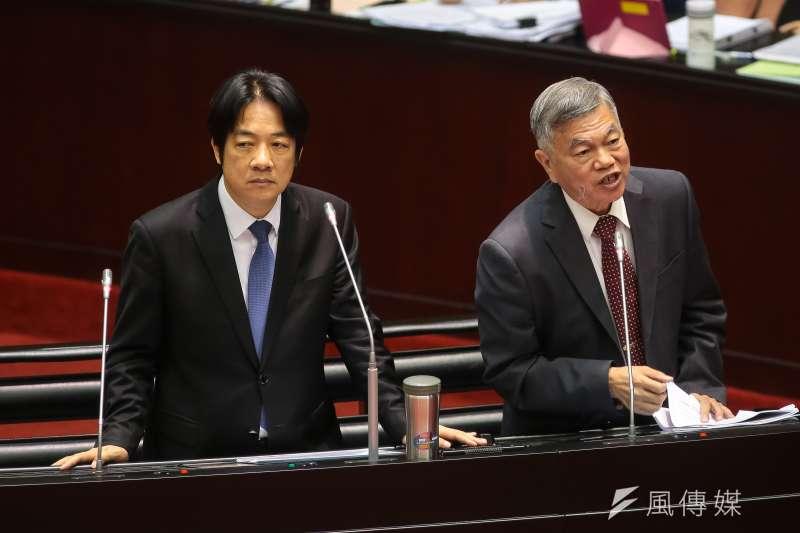 20181026-行政院長賴清德、經濟部長沈榮津(右)26日於立院備詢。(顏麟宇攝)