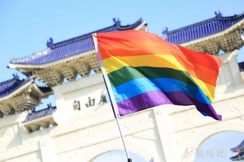 台灣的多元議題發展和自由民主性在亞洲聲名遠播,但若為了提升經濟實力而顧此失彼,置社會議題於發展經濟之後,能讓台灣更好嗎?(簡必丞攝)