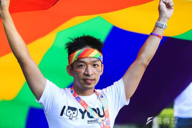 同志大遊行27日登場,以性別平等教育與年底相關公投案為主訴求。(簡必丞攝)
