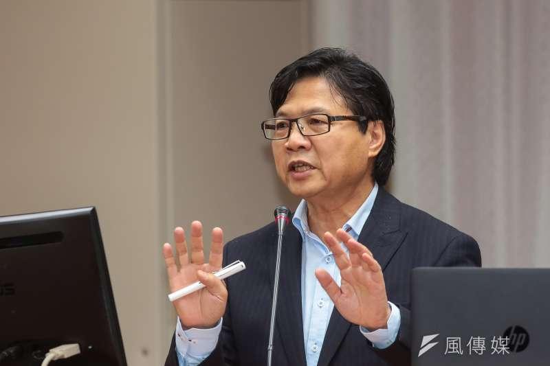 「2018年世界人才報告」中台灣排名比去年降低4名,作者認為,教育部的想法太過樂觀。圖為教育部長葉俊榮。(資料照,顏麟宇攝)