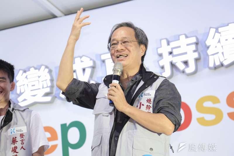 台北市長柯文哲競選總幹事小野8日出席行動競選總部PA PA GO士林場活動時表示,雖然他沒做過總幹事,但他站台的人,通常都一定當選。(簡必丞攝)
