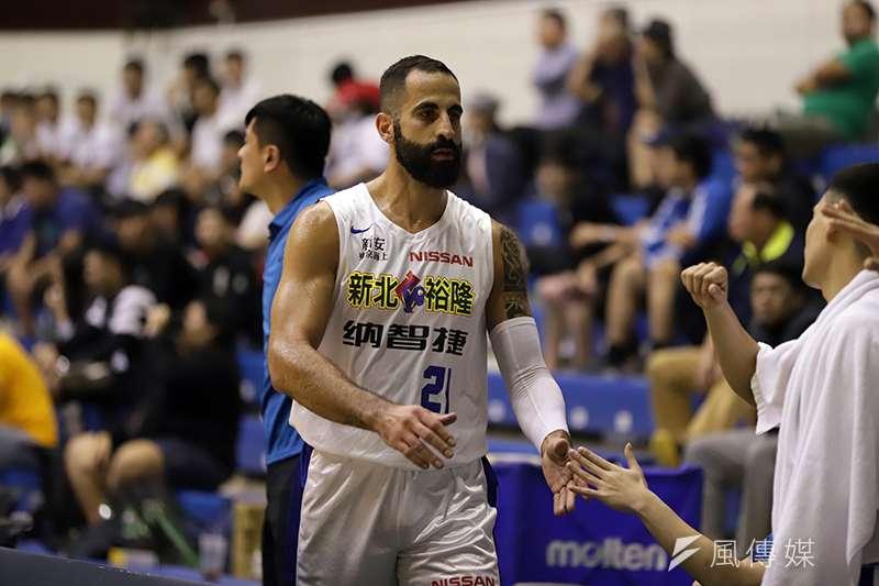 第16季SBL超級聯球聯賽首度啟用雙洋將制度,中華男籃外籍教練帕克認為,這個洋將人選必須在能力上更有宰制力。(余柏翰攝)