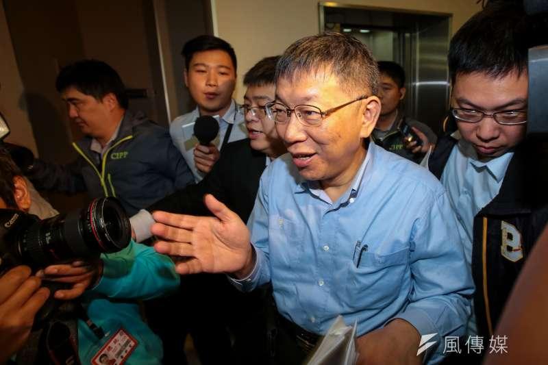 台北市長柯文哲坦言,「藍的拉5%、綠的拉5%,我就倒了」。(顏麟宇攝)