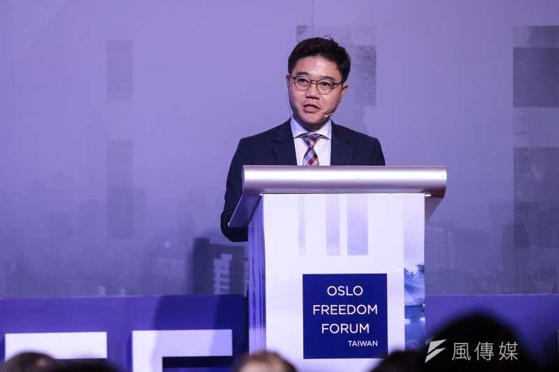 2018年11月10日,脫北者池成鎬(Ji Seong-Ho)在台北舉行的奧斯陸自由論壇上講述脫北經歷。(顏麟宇攝)