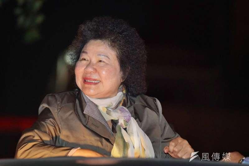 20181114-總統府祕書長陳菊於竹北市區掃街。(盧逸峰攝)