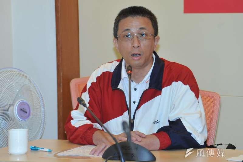 20181120-中華泛藍協會記者會,前國民黨文傳會主委胡文琦。(甘岱民攝)