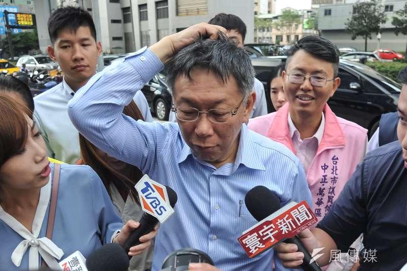台北市長柯文哲網路聲量不錯,但長期被政論節目壓著打、選前兩周聲量更遭韓流打下去,選後柯團隊打算加強經營自媒體。(資料照片,甘岱民攝)