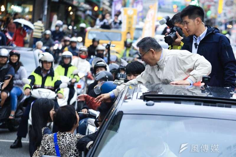 20181122-台北市長柯文哲22日舉辦車隊掃街。(簡必丞攝)