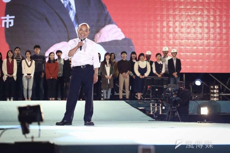 民進黨新北市長候選人蘇貞昌舉行選前造勢晚會。(陳品佑攝)