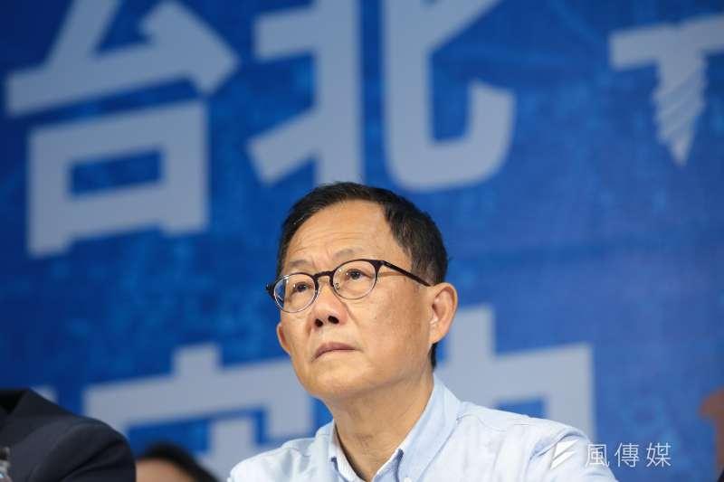 選舉結束,國民黨台北市長候選人丁守中還留在戰場。圖為丁守中記者會說明將提起選舉無效訴訟。(顏麟宇攝)