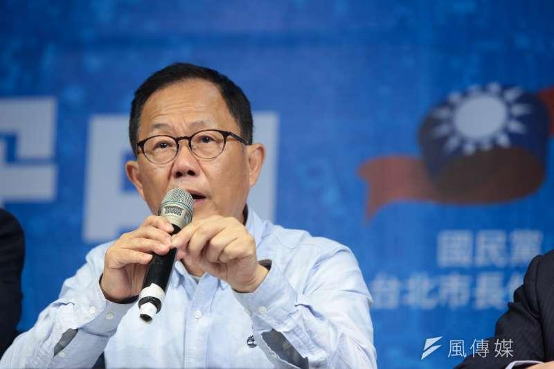 20181125-國民黨台北市長候選人丁守中25日下午與律師團在競選總部召開記者會,針對接下來的法律動作進行說明。(顏麟宇攝)