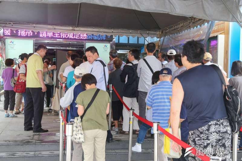 台灣民眾長久被灌輸「納稅是義務」的觀念,卻沒有注意到納稅也是種「權利」。(圖/陳明仁攝)