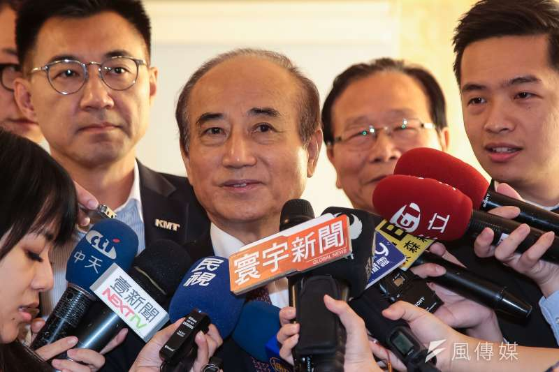 前立法院長王金平6日表示,選後基層叫他選總統的聲音的確強烈,但這不是他能決定的,「跟著因緣走」。(資料照,顏麟宇攝)