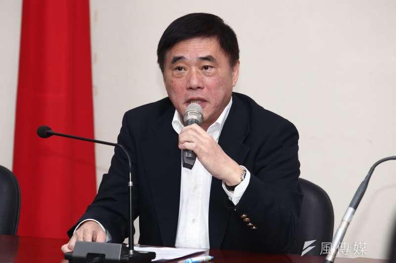 針對文化部長鄭麗君被甩巴掌一事,國民黨副主席郝龍斌批評,這一巴掌體現了官逼民反,更表示民進黨數典忘祖的行為已讓民眾忍無可忍。(資料照,蔡親傑攝)