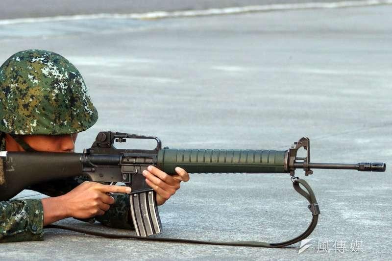 20181204_國軍部隊使用T-65K2步槍。(資料照,蘇仲泓攝)