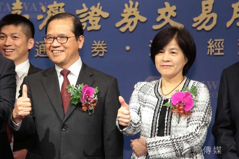 20181205-證交所副總經理林長慶(左)、陳麗卿(右)5日出席科技公司上市記者會。(顏麟宇攝)