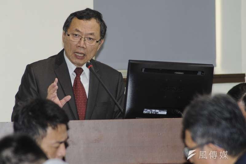 20181206-立法院經濟委員會,自來水公司董事長郭俊銘報告。(甘岱民攝)