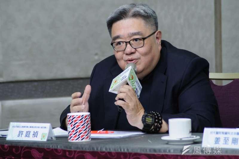 台北市進出口商業同業公會食品添加物小組召集人許庭禎表示,政府將毒性化學物質劃分成4類,和國際上常分成3類的方式有所不同,對進出口貿易多少也造成影響。(甘岱民攝)