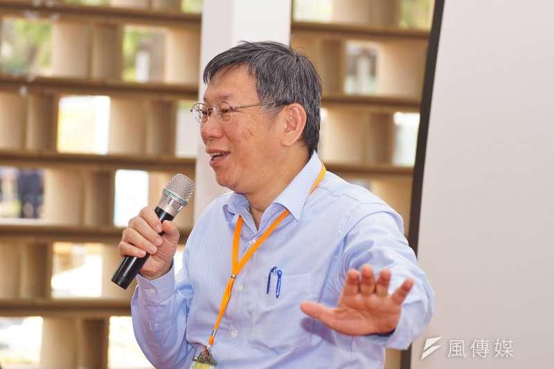 成功連任的台北市長柯文哲認為,目前民進黨中央是誰很重要,因為不知道誰的話才算數。(資料照,盧逸峰攝)