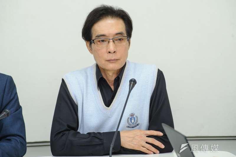 20181210-「威權加害者 怕真相」記者會,立委鍾孔炤。(甘岱民攝)
