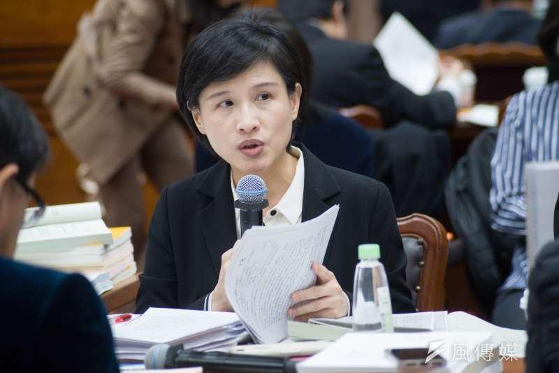 立法院院會今(25)三讀通過《國家語言發展法》,文化部長鄭麗君曾表示「語言不是只有溝通工具,它也是歷史文化的媒介」。(資料照,甘岱民攝)