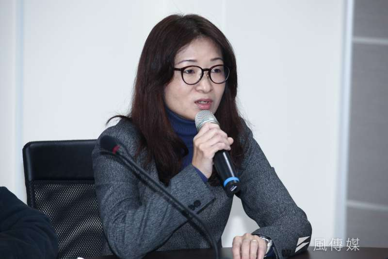 20181217-「促進轉型正義委員會半年任務進度報告」記者會。圖為彭仁郁委員。(蔡親傑攝)
