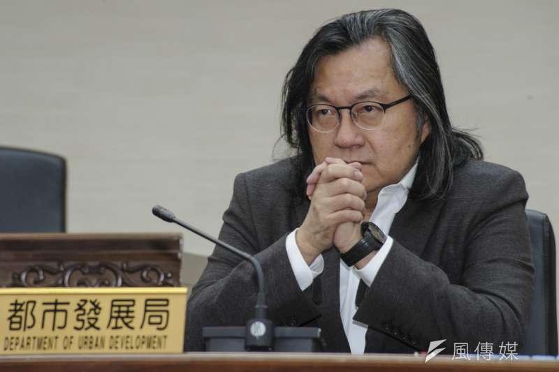 台北市政府團隊總辭,前都市發展局局長林洲民選在25日貼出公開信,表示自己的確是遭「逼退的」。(資料照,甘岱民攝)
