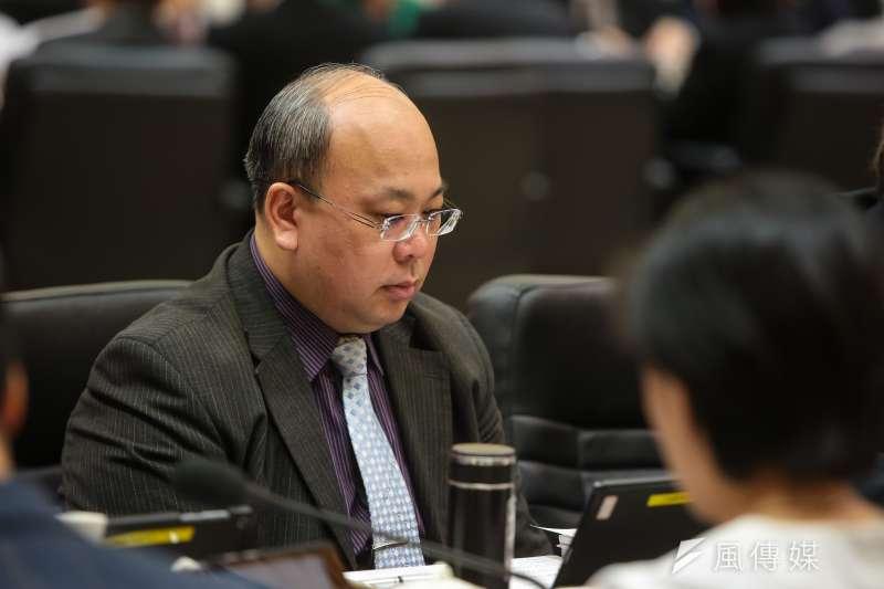 20181222-中選會代理主陳朝建22日出席「監察院107年巡察行政院會議」。(顏麟宇攝)