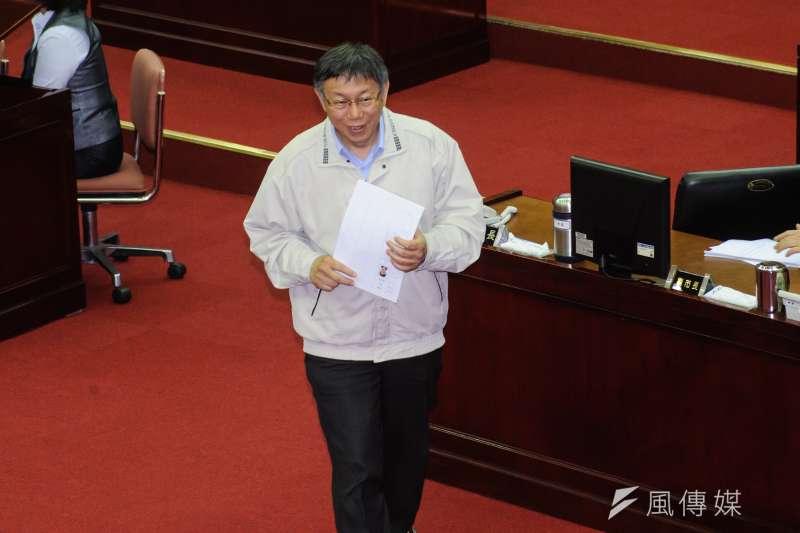 民調顯示,若台北市長柯文哲對上前新北市長朱立倫、行政院長賴清德,將以41%支持度居首,朱立倫與賴清德則分別獲得28%、18%支持度(資料照,甘岱民攝)