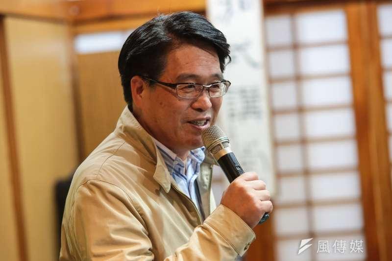 民進黨主席候選人游盈隆27日舉行座談與記者茶敘,談起閣揆人選,游讚蘇貞昌會是一劑猛藥,但他提出許多隱憂。(顏麟宇攝)