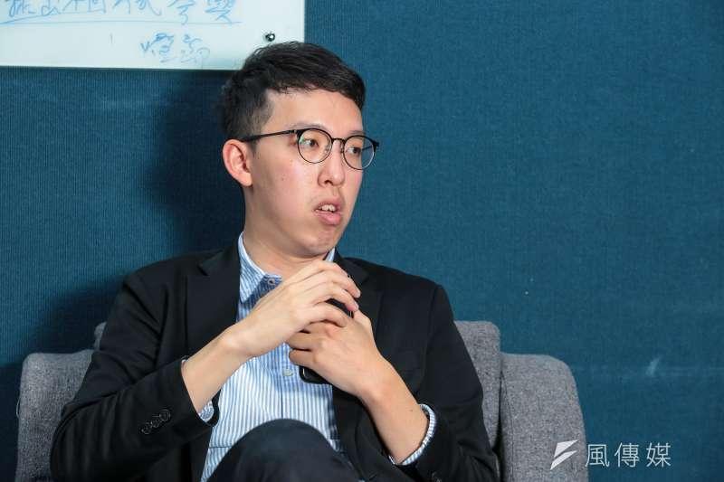 升任台北市政府副發言人的柯昱安自爆,因為小時候曾遭受霸凌,讓以前比較內向的他花了不少時間克服。(資料照,顏麟宇攝)