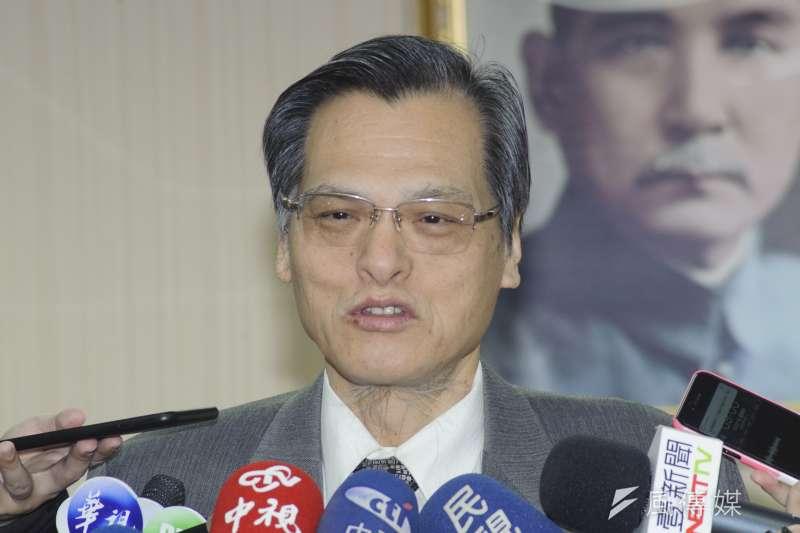新黨主席郁慕明表示願率先與中國大陸政治協商,陸委會主委陳明通(見圖)今日呼籲郁慕明「不要以身試法」。(資料照,甘岱民攝)