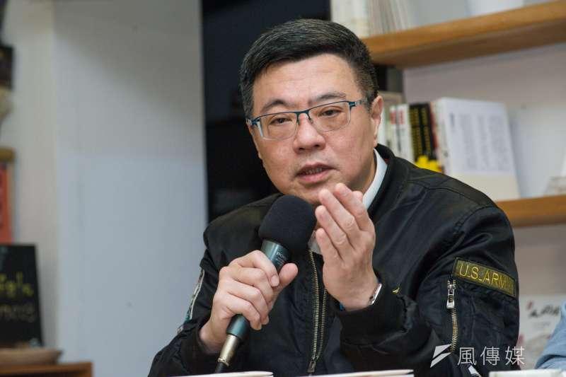 民進黨主席補選候選人卓榮泰受訪表示,前總統陳水扁受到的屈辱,「未來一定會叫『那個人』加倍奉還。」(資料照,甘岱民攝)