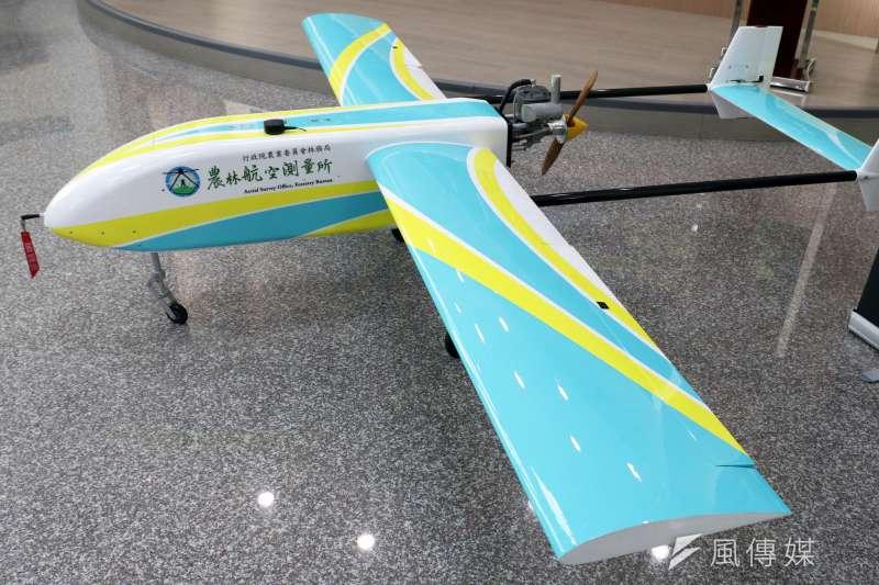20190107-農委會農林航空測量所國產定翼無人機交機儀式。圖為「熊鷹」無人機。(蘇仲泓攝)