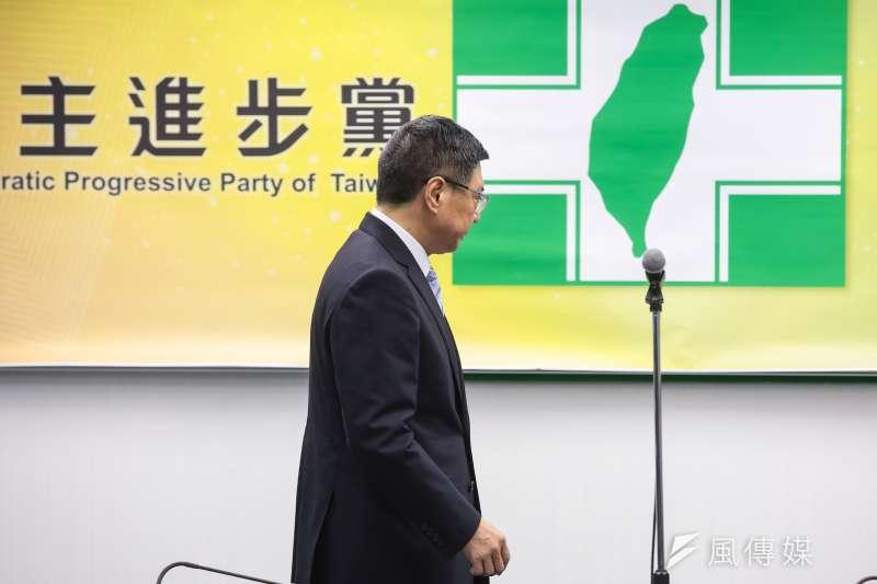 民進黨新任主席卓榮泰宣誓就職,呼籲幾人勿忘1124。(顏麟宇攝)