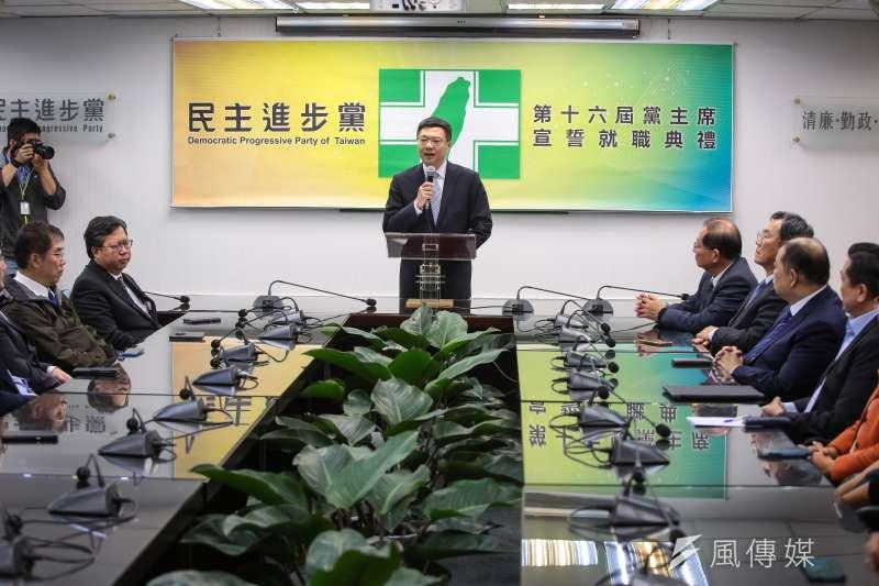 民進黨新任主席卓榮泰9日出席「第16屆黨主席宣誓就職典禮」,正式接任黨主席。(顏麟宇攝)