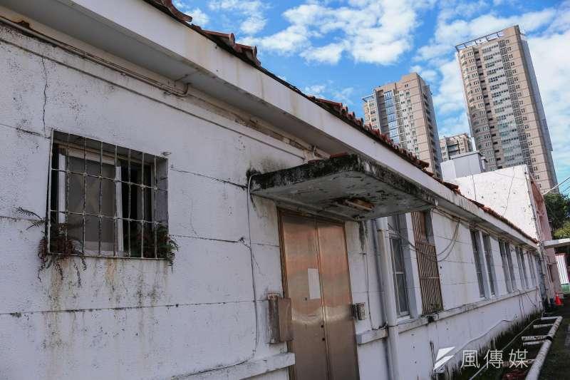 20190110-台灣當代文化實驗場,空總舊址實驗建築,舊房舍與新大樓形成對比。(蔡親傑攝)
