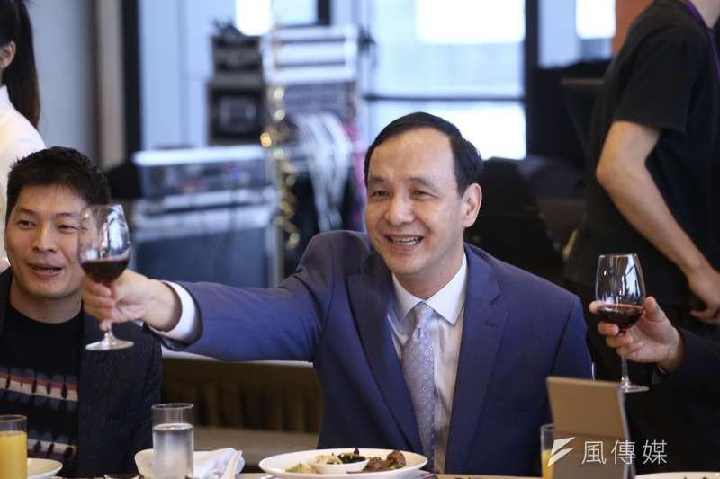 前新北市長朱立倫出席「鉅盛國際物流公司尾牙」活動。(陳品佑攝)