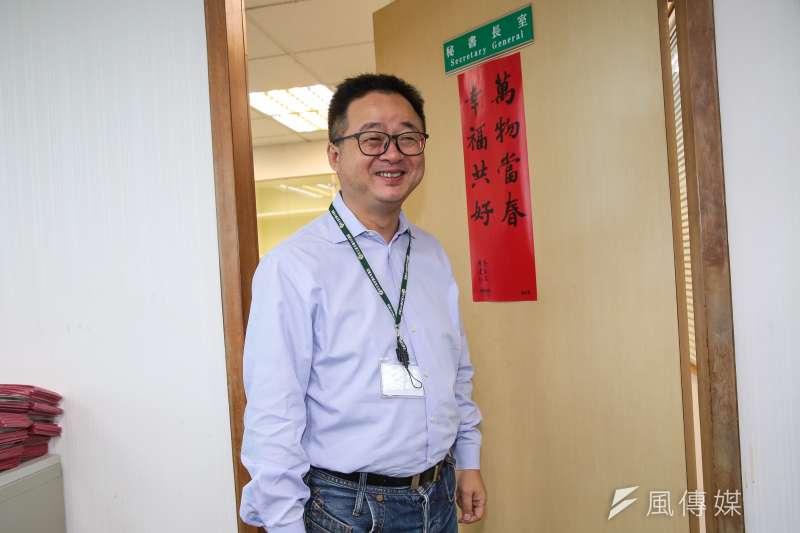 華航罷工事件未歇,民進黨秘書長羅文嘉12日二度在臉書發文。(資料照,顏麟宇攝)